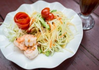 papaya-salad-cholada-thai-cuisine
